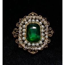 Брошь с зеленым камнем А0066