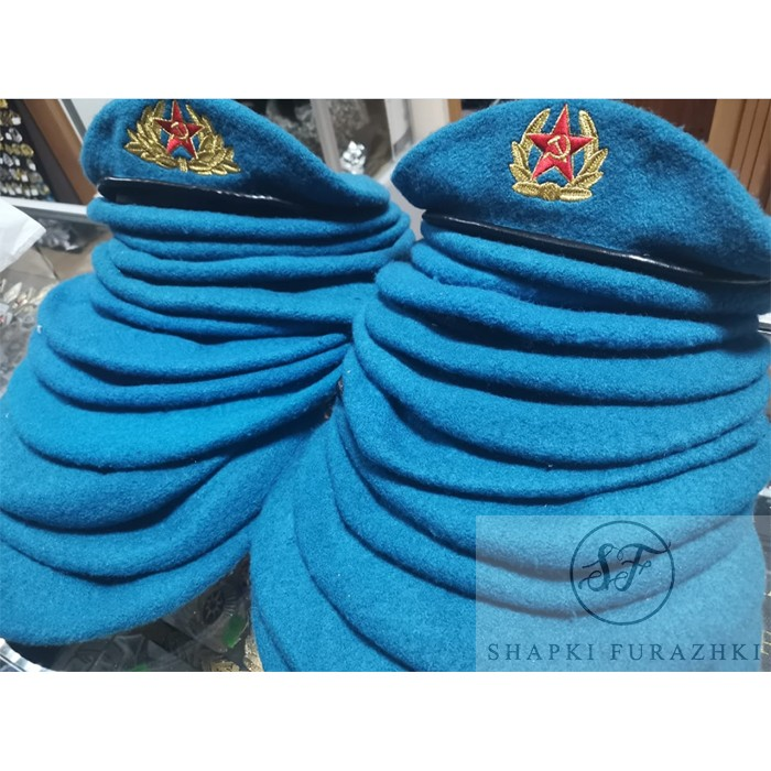 Берет ВДВ голубой с машинной вышивкой B005