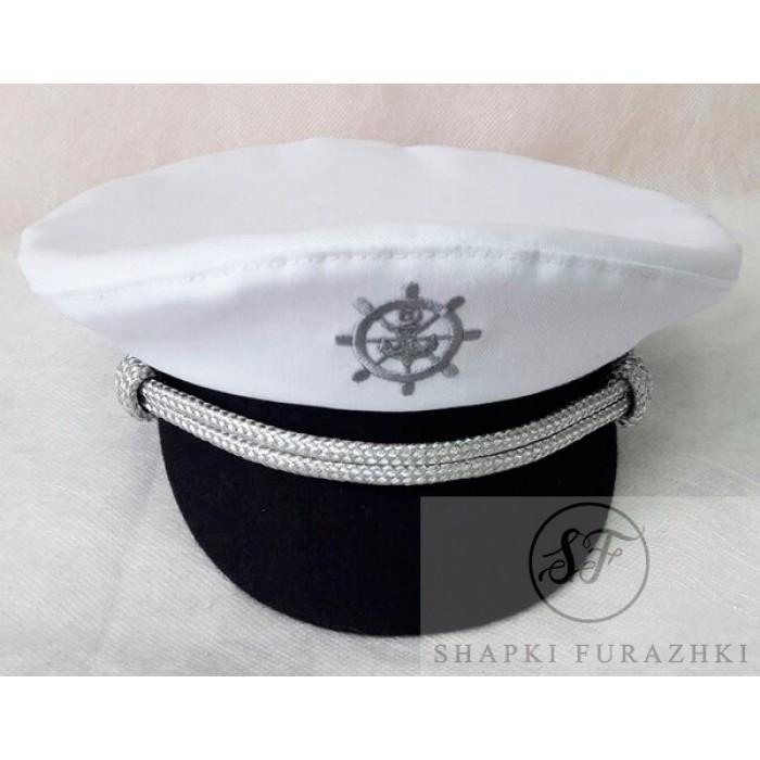 Эффектная яхтсменка с машинной вышивкой