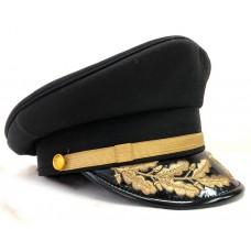 Яхтсменка с вышивкой козырька и золотым ремешком Y282