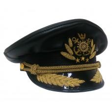 Капитанка из черной кожи с ручной вышивкой латунь Y153