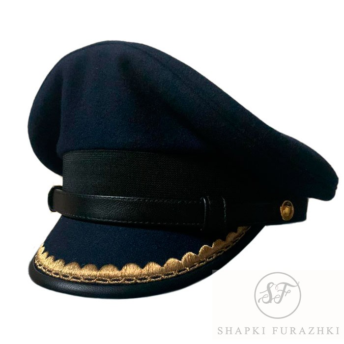 Капитанка в синем цвете, козырек с окантовкой кожей и вышивкой, ремешок кожа