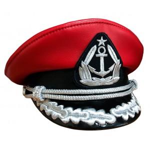 Капитанка красная кожа с вышивкой серебром Y304