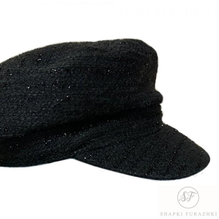 Кепи-картуз из черного материала букле
