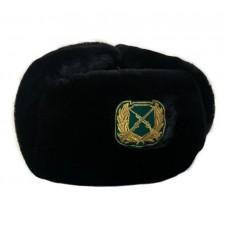 Шапка-ушанка черная с машинной вышивкой SH037
