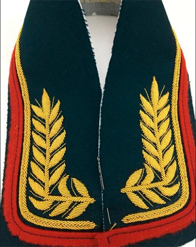 Парадная форма с ручной вышивкой